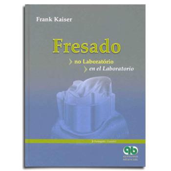Fresado - no Laboratório/en el Laboratorio